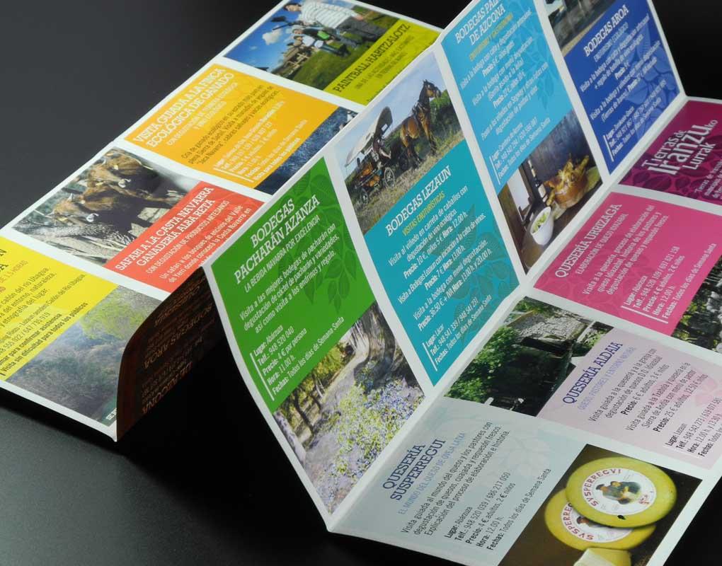 Flyers desplegables en impresión offset o digital. Gráficas Astarriaga